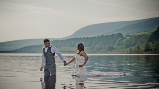 Spectacular Engagement Shoot in Derbyshire